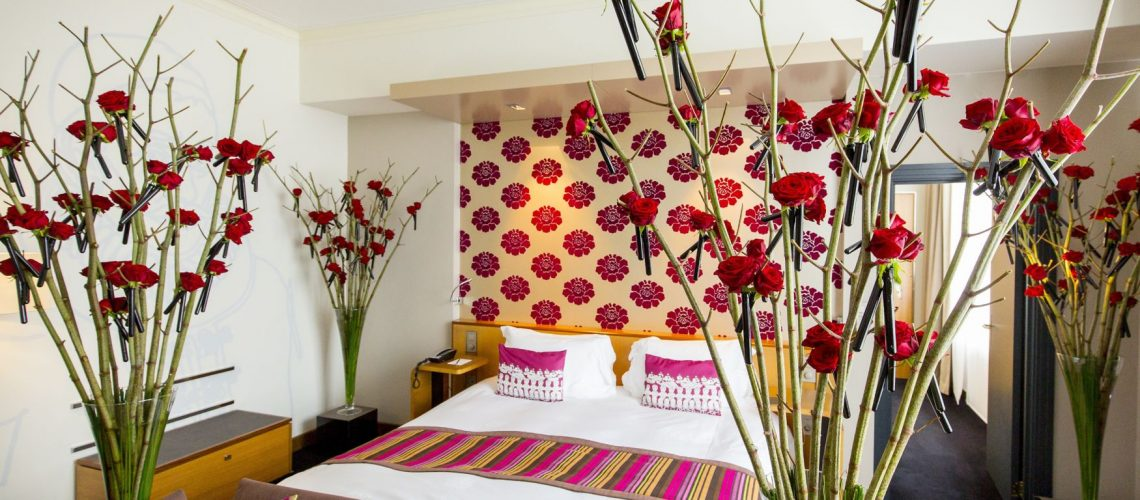 The Floral Designers - Flower Hotel Room 1 - 01