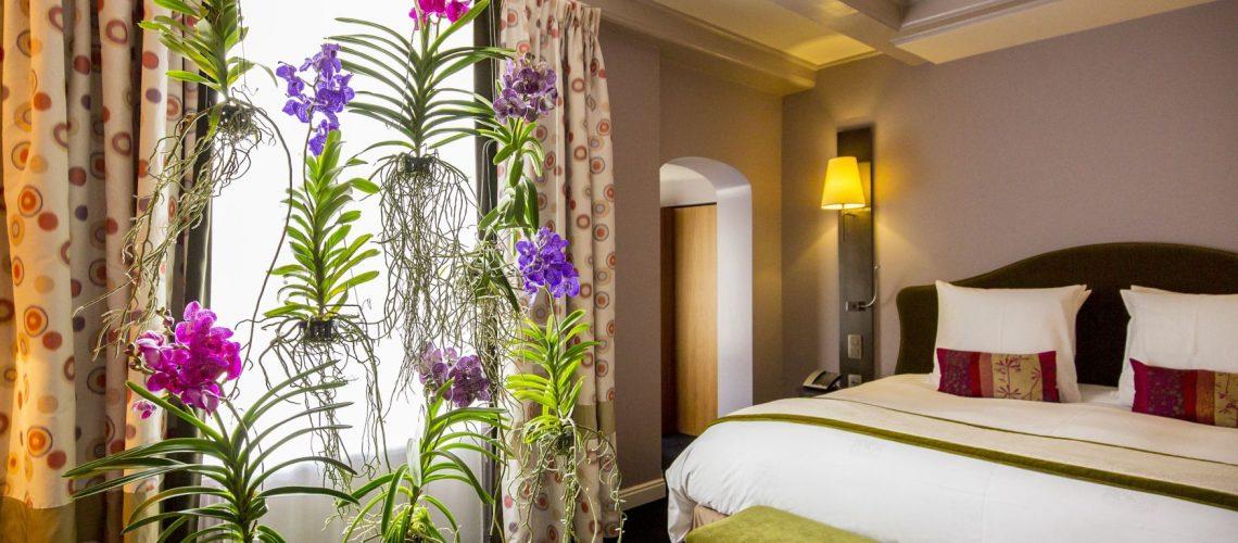 The Floral Designers - Flower Hotel Room 2 - 01